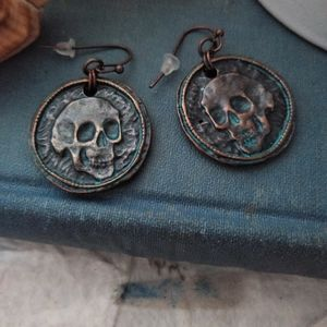 Bronze skull Halloween punk Beach earrings